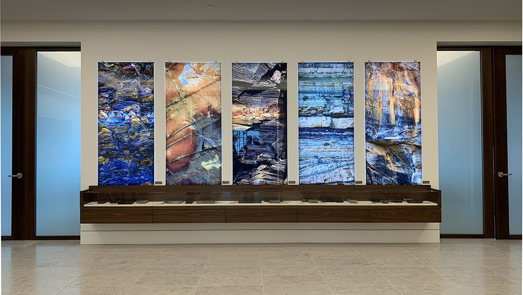 1-skyline-art-surfaces-oil-gas-display-labels-1024px-x-577px