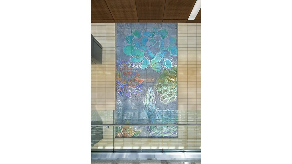 5-skyline-art-surfaces-fort-bliss-hospital-etch-mural-el-paso-1024px-x-577px